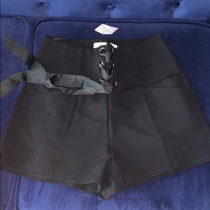 NEW WITH TAGS Black Ribbon shorts ! Unique chic
